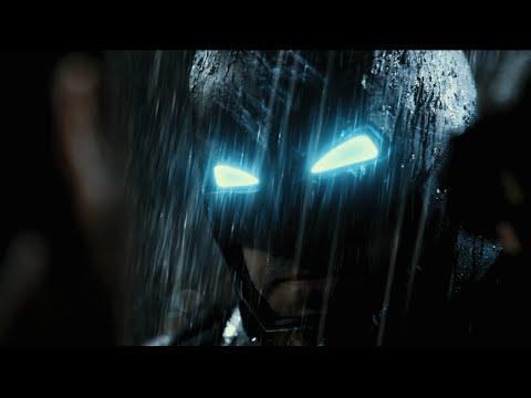 Confira trailer de Batman vs Superman: A Origem da Justiça