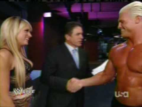 Dolph Ziggler And Kelly Kelly Kiss