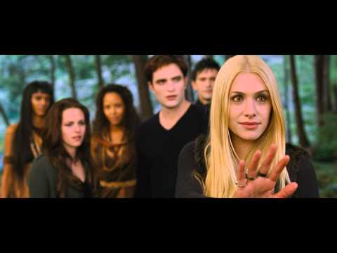 Twilight 5 - Twilight - Chapitre 5 : Révélation 2e partie (The Twilight Saga: Breaking Dawn - Part 2) - Sortie le 14 novembre 2012 Un film de Bill Condon Avec Robert Patt...