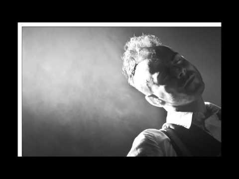 Tekst piosenki Asaf Avidan - A choice & a gun po polsku