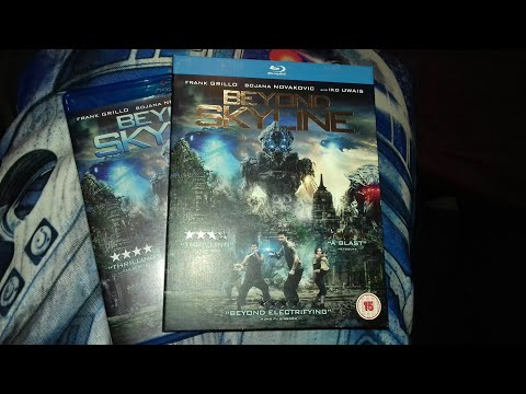 Beyond Skyline Blu-Ray (UK) Unboxing
