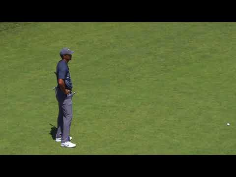 Tiger Woods Struggles Out of t …