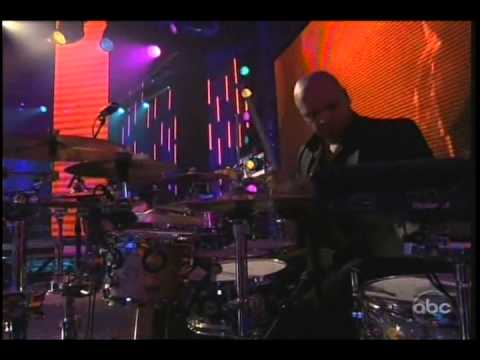 Pitbull Don't Stop The Party Live New Year's Rockin' Eve 2013