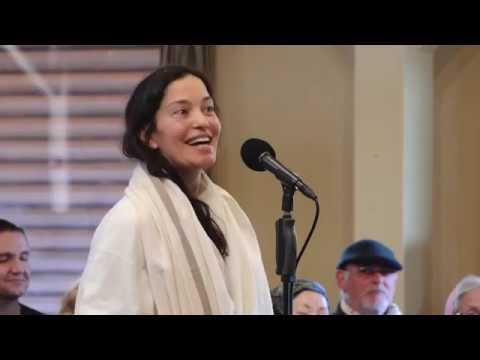 Mooji Video: Trusting the Inner Process