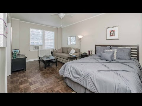 Tour a model studio apartment at 422 West Melrose in Lakeview