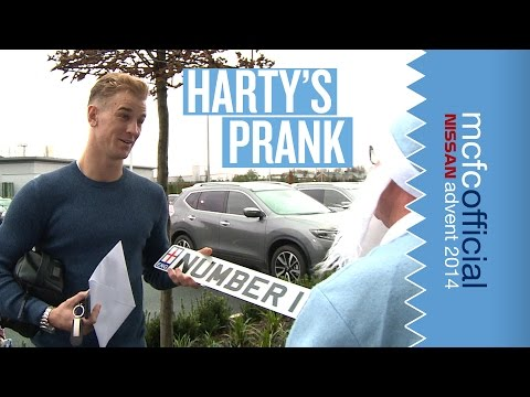 gets - As Joe Hart is signing his new contract, CityTV's Les Chapman is battling the wind and rain attempting to wrap his car in Christmas paper! Watch this video to see the England & Man City number...