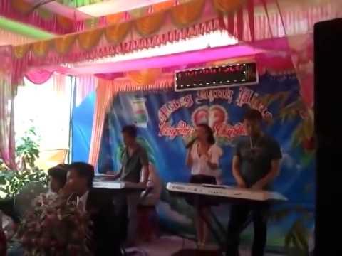 Em Học sinh hát đám cưới hay như Anh Thơ