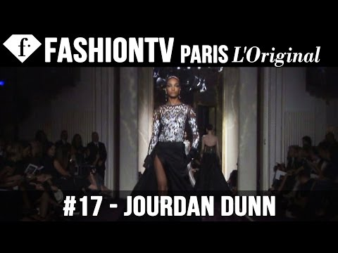 Fashion TV - http://www.FashionTV.com/videos PARIS - The fall/winter 2014-15 Atelier Versace couture collection designed by Donatella Versace is '50s-inspired and often a...