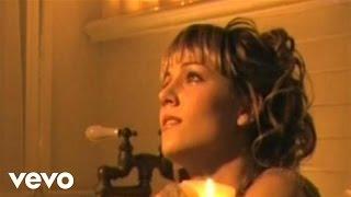 Edurne - Sigo Enamorada De Ti(Hopelessly Devoted You)Videoclip