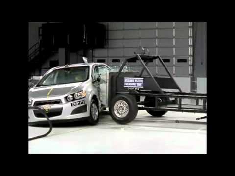 Chevrolet Aveo Crash Test 2012 - Chevrolet Sonic / Aveo
