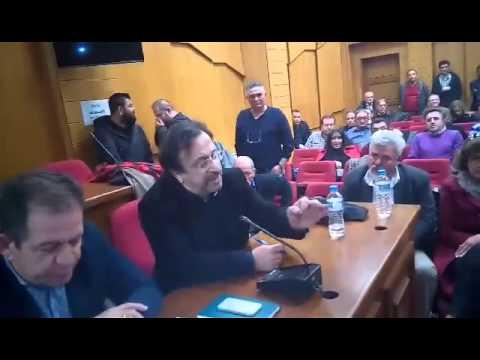 Video - Η αστυνομία γλίτωσε τους βουλευτές ΣΥΡΙΖΑ από τους αγρότες Κοζάνης (βίντεο)