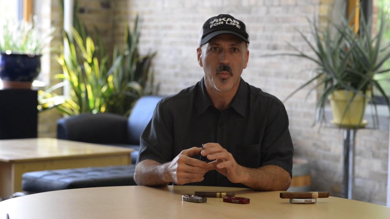 Xikar 155GM VX V-Cut Cigar Cutter video_1