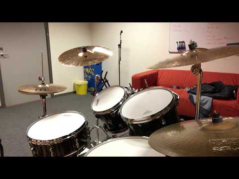 Video Bob Marley - Is This Love (drum cover) download in MP3, 3GP, MP4, WEBM, AVI, FLV January 2017
