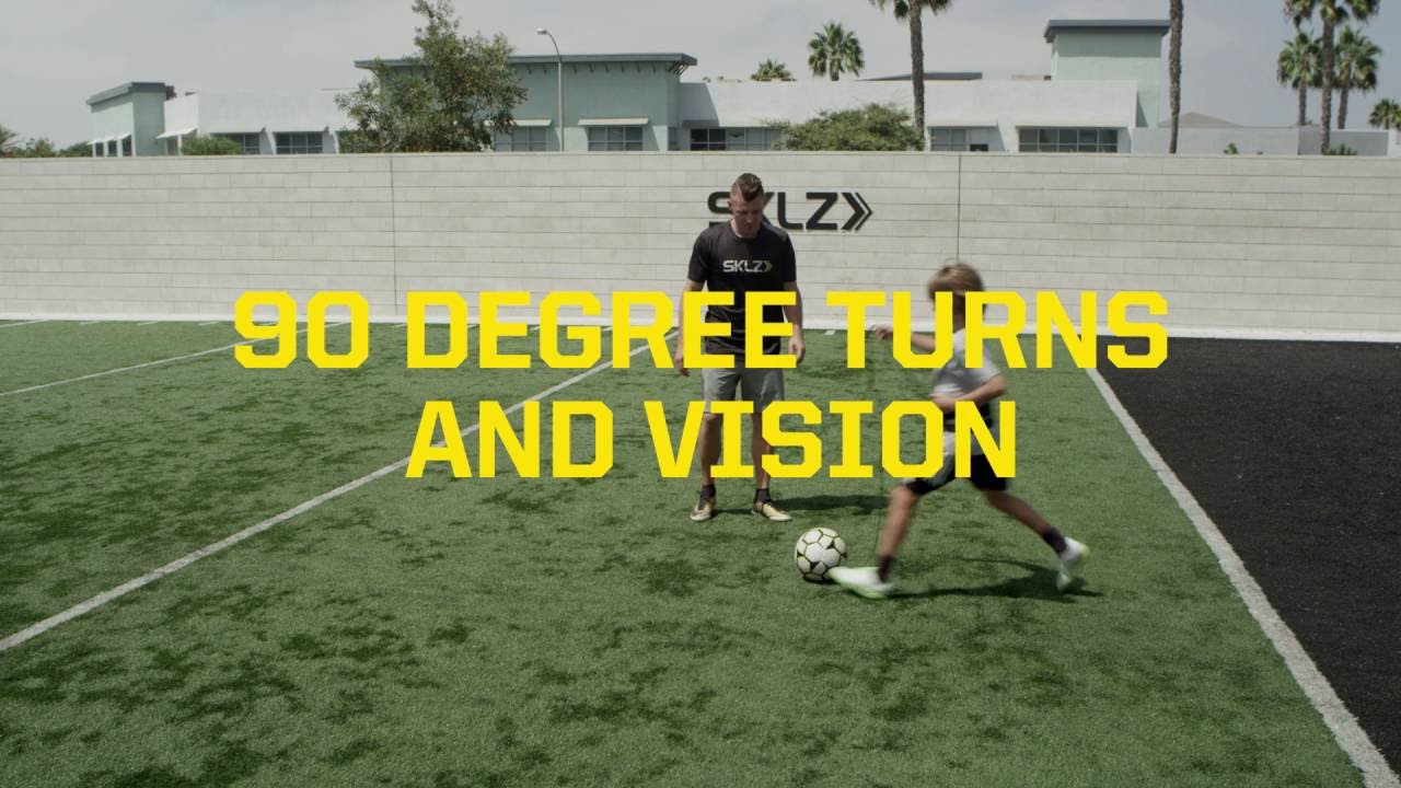 Star-Kick: 90 Degree Turns & Vision Soccer Drill