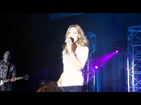 Chely Wright - Jezebel (Live at The Dinah 2011)