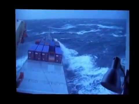 Το τραγουδι του ναυτικού, Μιχαλης Βιολαρης.