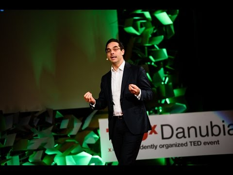 How to listen at TED? - Daniel Schwartz - TEDxDanubia
