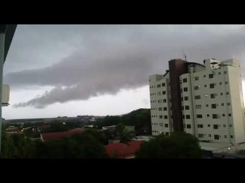 Palotina: Chuva de pedra atinge boa parte da cidade