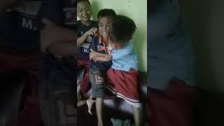 Video Kocakk Anak Kecil Berkelahi MP3, 3GP, MP4, WEBM, AVI, FLV Juli 2018
