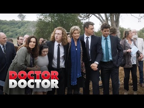 The Knights say goodbye to Jim | Doctor Doctor Season 3