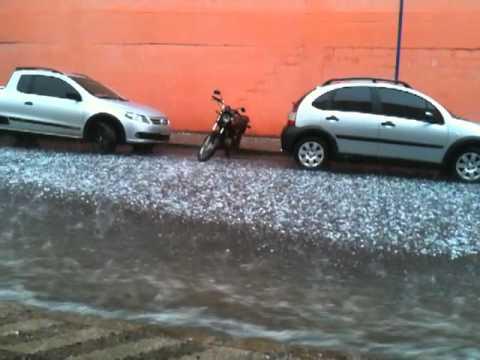 Chuva de granizo em Uberaba MG 12/11/2010 R: Joao Pinheiro