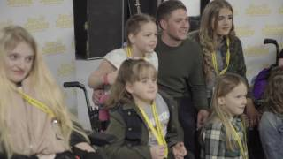 Niall Horan is a Ray of Sunshine for a group of seriously ill children Video
