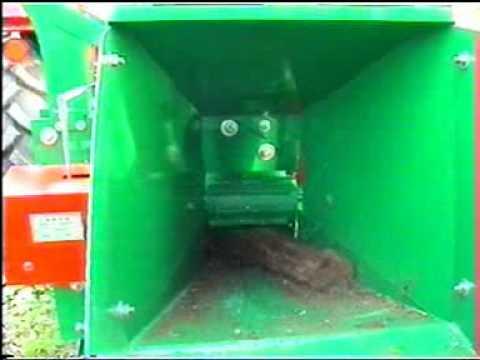 faapritó - Agrosat S 15 Faapritó gép traktor hajtással 540 TLT-vel .
