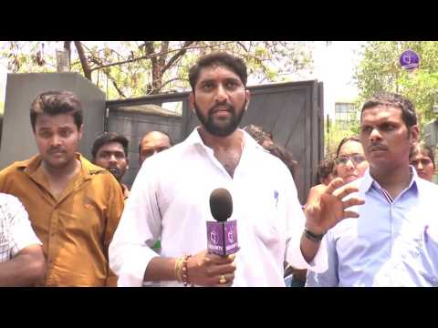Video Saibaba Controversy   Devotees Opinion  Byte 1   Protest infront of  TV9   Ramanananda  Govindananda download in MP3, 3GP, MP4, WEBM, AVI, FLV January 2017