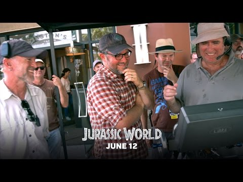 Jurassic World (Featurette 'Classic Jurassic Park Crew')