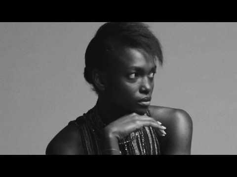 Ooooota Adepo for Amanda Wakeley видео