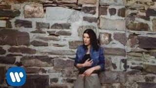 Laura Pausini - I Need Love
