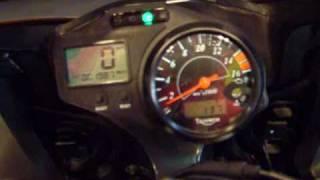 3. 2005 Triumph Daytona 650 walkaround