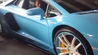 Video Aventador Ceper Terjebak Bikin Heboh Peluncuran Huracan MP3, 3GP, MP4, WEBM, AVI, FLV Juni 2018