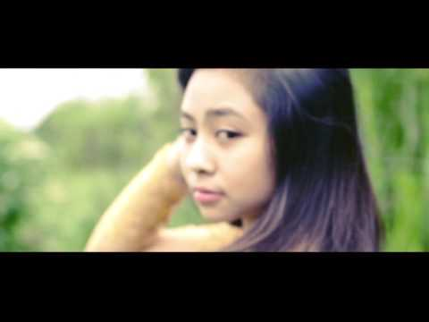 Download Video Alunan Semesta - Bidadari