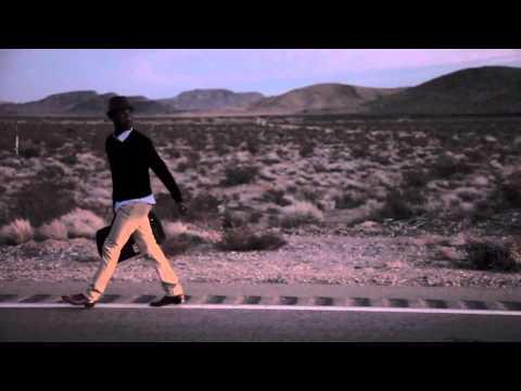 Tekst piosenki Aloe Blacc - I Need A Dollar po polsku