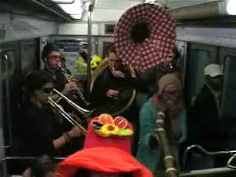 Rétrospective de nos actions dans le métro avec le rajga nawak