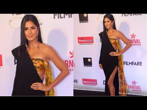 Katrina Kaif Attends Red Carpet Of Filmfare Glamour & Style Awards 2017