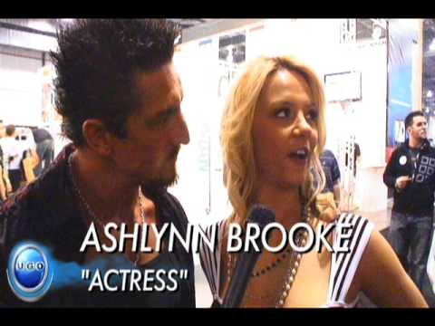 AVN 2009 - Ashlynn Brooke interviews with Tommy Gunn (видео)