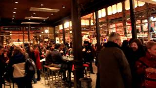 Mercado de San Miguel / San Miguel Market at night, Madrid