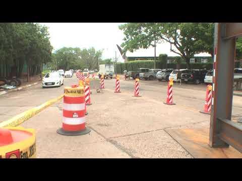 Se continúa trabajando en la construcción del puente peatonal del Club Remeros Salto.