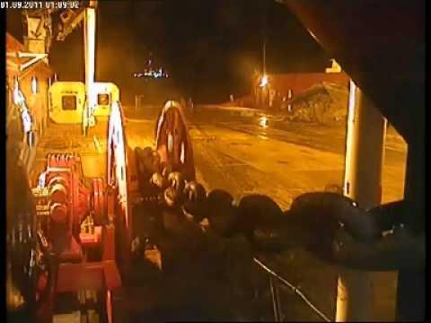 oil rig anchor chain snaps near death