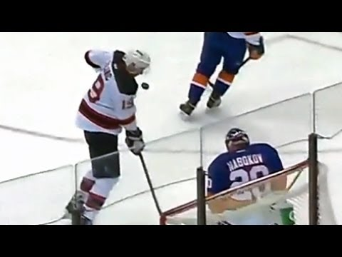 Travis Zajac scores deflection with his face