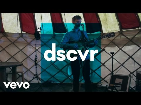 George Ezra - Leaving It Up to You (Acoustic): VEVO @ The Great Escape
