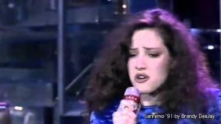 Download Lagu PAOLA DE MAS - Notte Di Periferia (Festival Di Sanremo 1991 - AUDIO HQ) Mp3