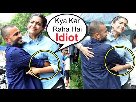 Sonam Kapoor AWKWARD Moment With Husband Anand Ahuja In Public