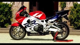 6. Honda CBR 900 RR - Fireblade
