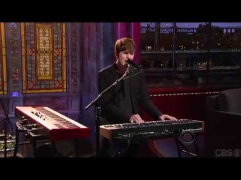 James Blake - 'Retrograde' [Live on Letterman]