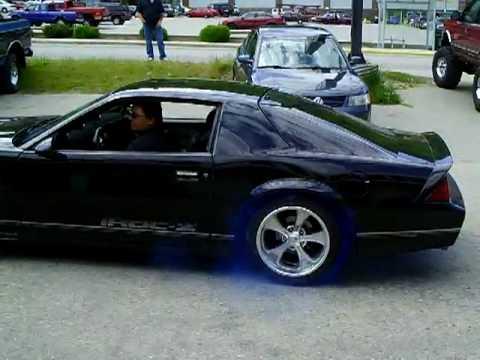 Blue Smoke Burnout 1988 Camaro IROC-Z