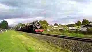 Taumarunui New Zealand  city photos gallery : Steam Train tour Taumarunui New Zealand 27-10-07