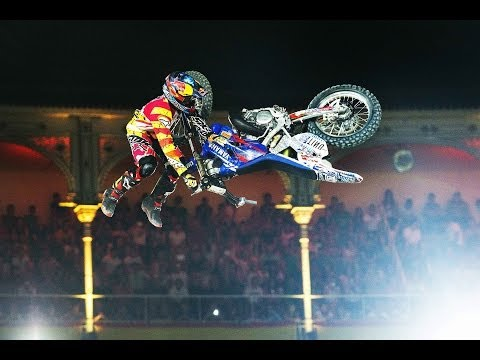Historic Bike Flip in FMX competition - Red Bull X-Fighters Madrid 2014 (видео)